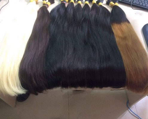 Many color hair extensions