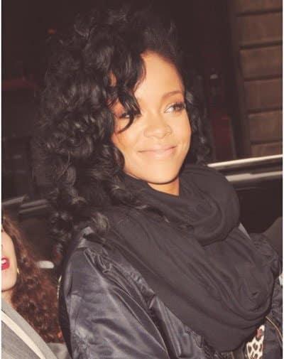 Rihanna no makeup