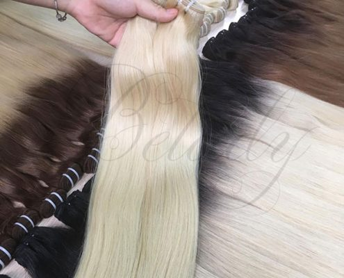 Color 60c hair extensions - 24 inches